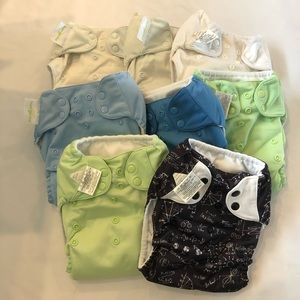 8 BumGenius Pocket Diapers